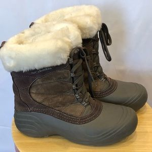 Columbia techlite cold weather boots women's sz 9